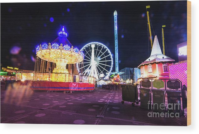 Street Artist Wood Print featuring the photograph London Christmas Markets 20 by Alex Art and Photo
