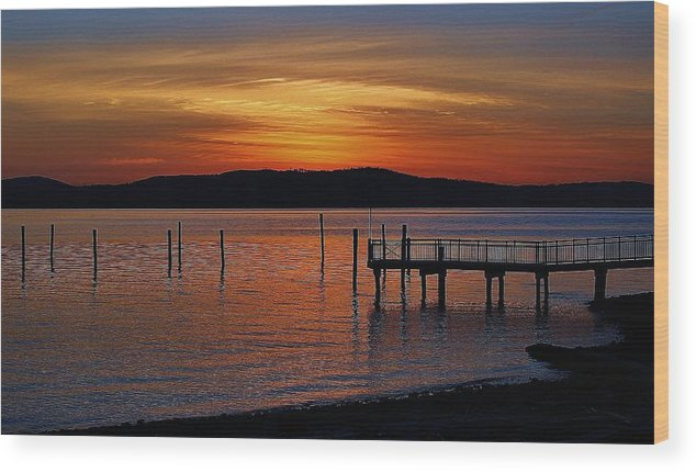 Hudson Valley Landscapes Wood Print featuring the photograph Peaceful Sunrise by Thomas McGuire