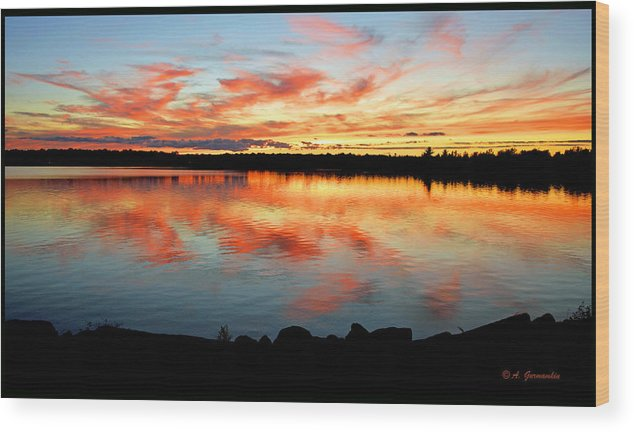 Pocono Mountains Wood Print featuring the photograph Pocono Mountain Pennsylvania Sunset Over A Lake by A Gurmankin