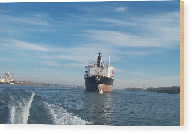 Ship Wood Print featuring the photograph Ship At Anchor In The Columbia River by Alan Espasandin