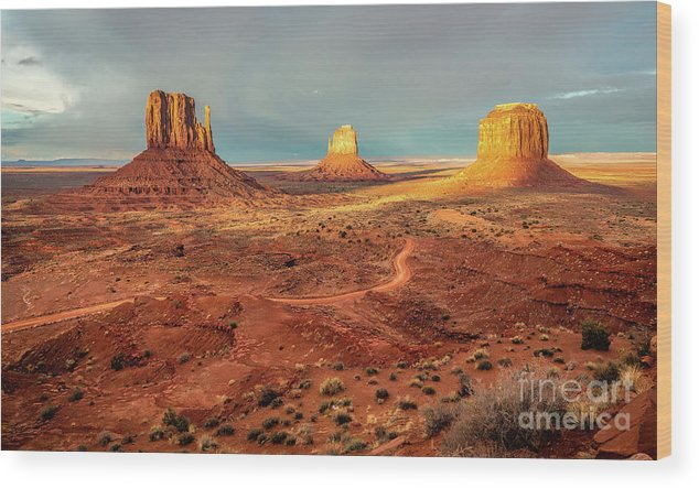 Monument Valley Wood Print featuring the photograph Last Light Over Monument Valley by Mimi Ditchie