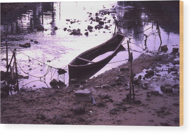 Wood Print featuring the photograph Okinawa Canoe Parking by Curtis J Neeley Jr