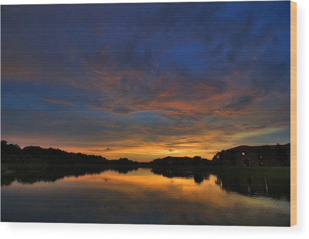 Landscape Wood Print featuring the photograph Ellenton Lake Sunset 01 by Jonathan Sabin