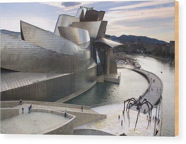 Spain Wood Print featuring the photograph Guggenheim Bilbao Museum by Rafa Rivas