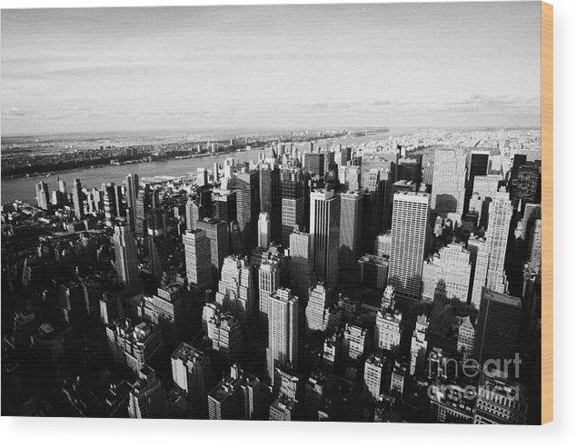 Usa Wood Print featuring the photograph View Of Manhattan North West Towards Hudson River From Empire State Building New York by Joe Fox