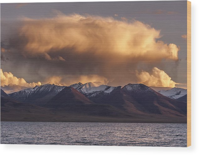 Cloud Wood Print featuring the photograph Cloud Over Namtso by Hitendra SINKAR