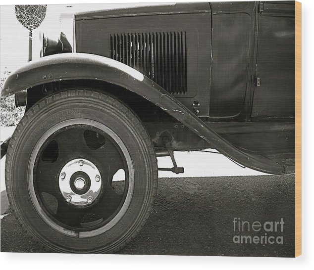 Car Wood Print featuring the photograph Timeless by Amy Strong