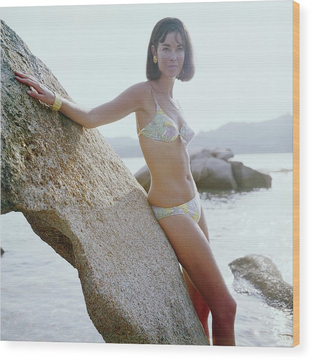 Costa Smeralda Wood Print featuring the photograph Olimpia Hruska by Slim Aarons