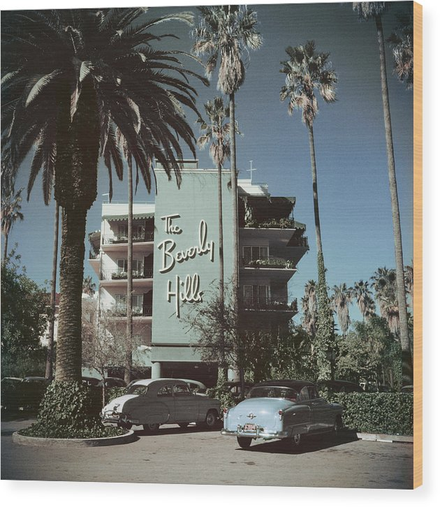 1950-1959 Wood Print featuring the photograph Beverly Hills Hotel by Slim Aarons