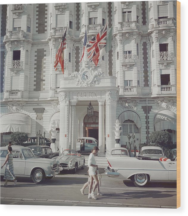 People Wood Print featuring the photograph Carlton Hotel by Slim Aarons