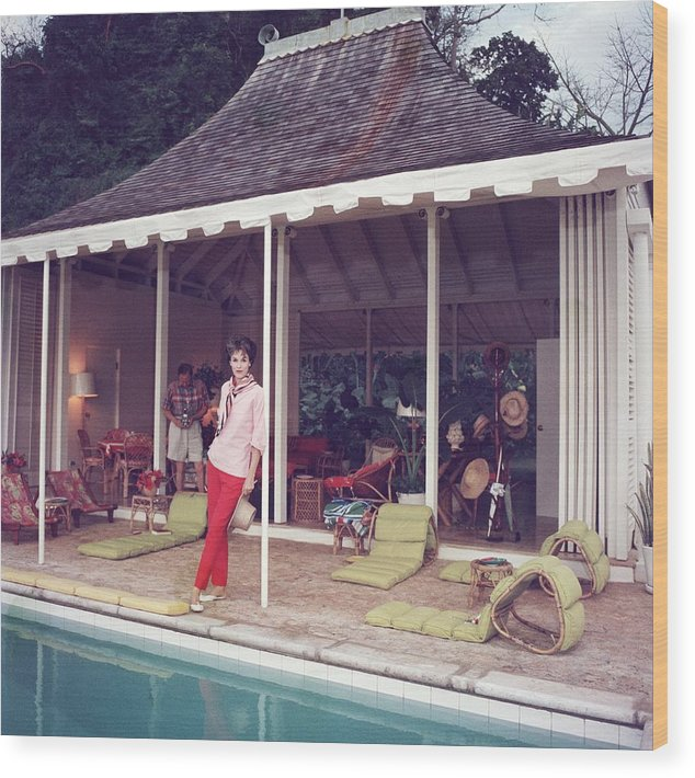 People Wood Print featuring the photograph Family Snapper by Slim Aarons