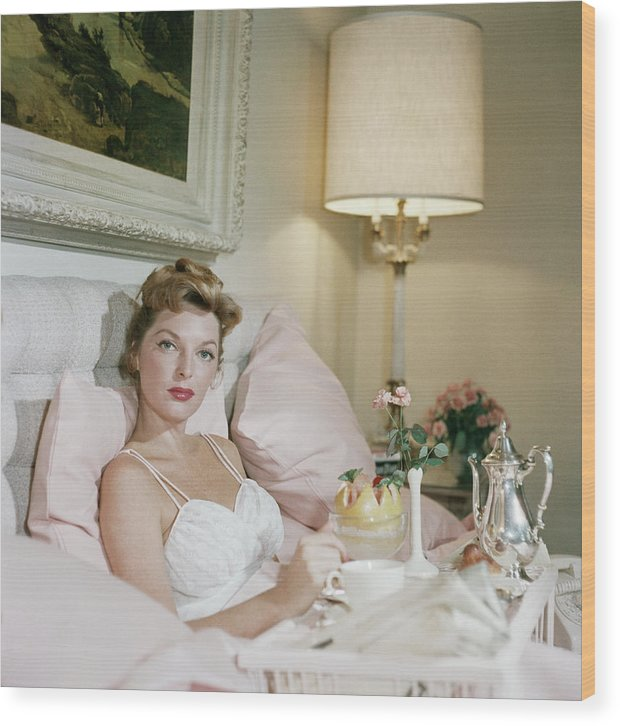 Singer Wood Print featuring the photograph Julie London by Slim Aarons