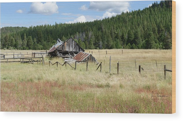 Landscapes Wood Print featuring the photograph The Old Barn by Jim Thompson