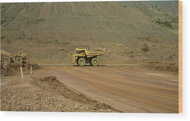 Southern Hemisphere Wood Print featuring the photograph Tom Price Earthmover by Samvaltenbergs