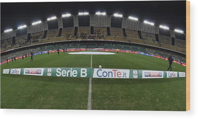 Bari Wood Print featuring the photograph FC Bari v Parma Calcio - Serie B by Giuseppe Bellini