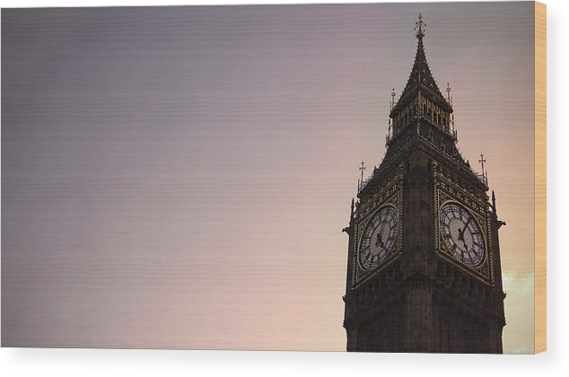 Clock Tower Wood Print featuring the photograph Big Ben Clock Tower by Sherif A. Wagih (s.wagih@hotmail.com)