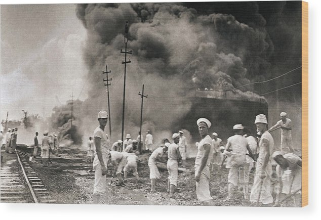 People Wood Print featuring the photograph Fire In Oil Plant In Mexico by Bettmann