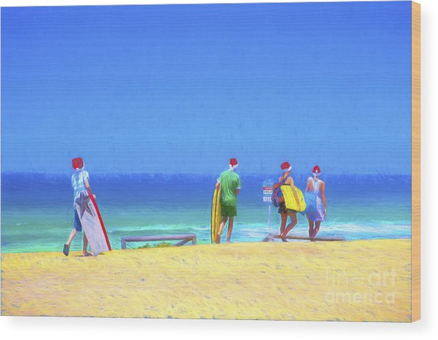 Children In Santa Hats Wood Print featuring the photograph Kids in santa hats at beach by Sheila Smart Fine Art Photography