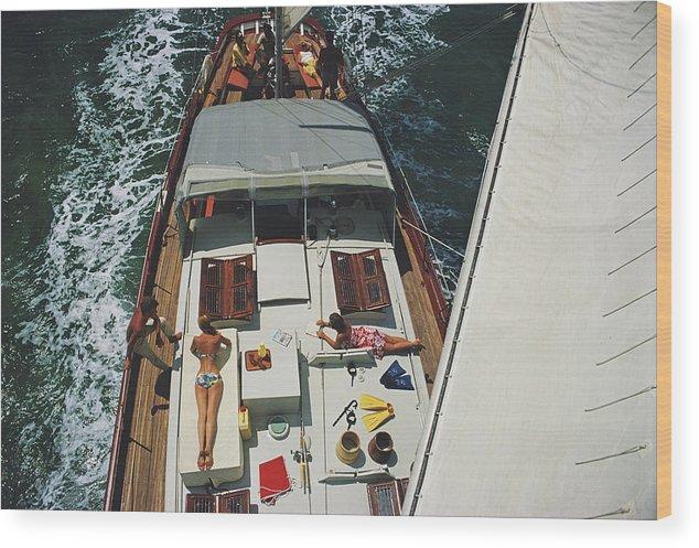 Sunbathing Wood Print featuring the photograph Deck Dwellers by Slim Aarons