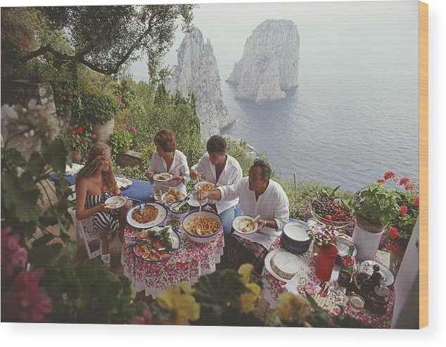 Artist Wood Print featuring the photograph Dining Al Fresco On Capri by Slim Aarons