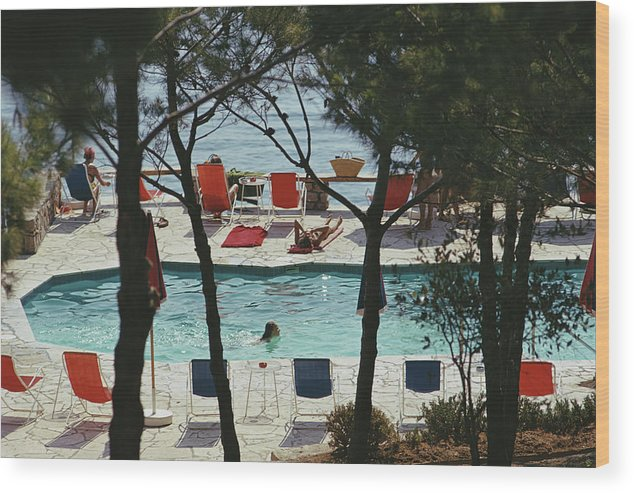 People Wood Print featuring the photograph Hotel Il Pellicano by Slim Aarons