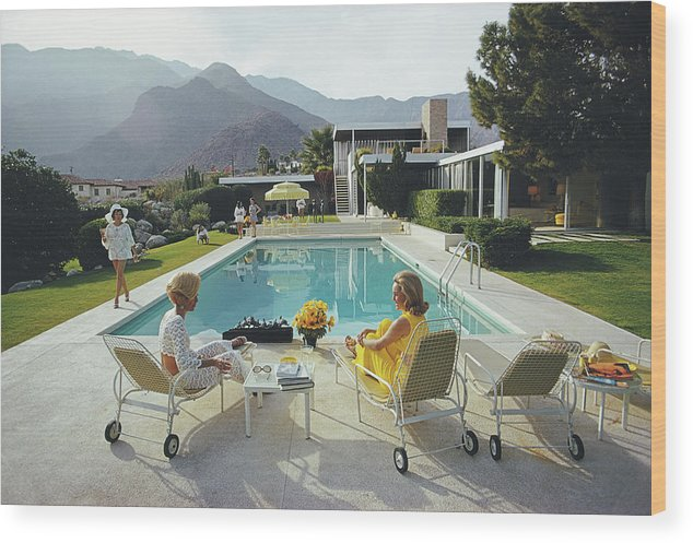 Swimming Pool Wood Print featuring the photograph Poolside Gossip by Slim Aarons