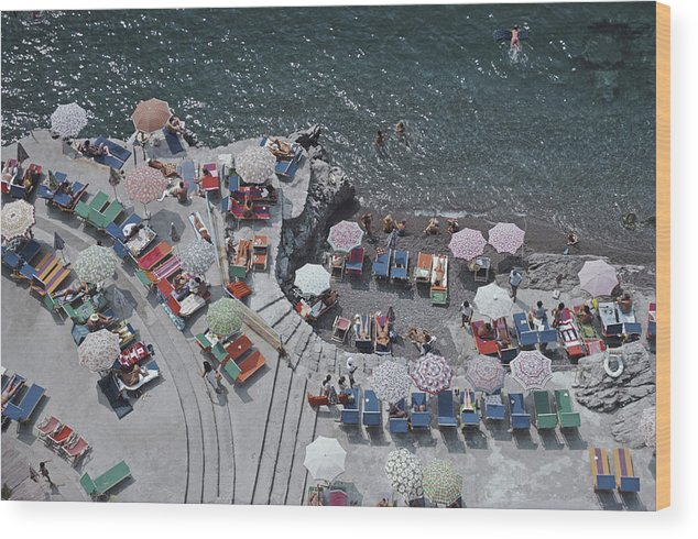 Curve Wood Print featuring the photograph Positano Beach by Slim Aarons