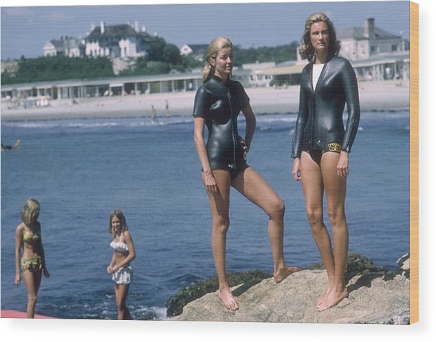 Mid Adult Women Wood Print featuring the photograph Swimmers At Newport by Slim Aarons
