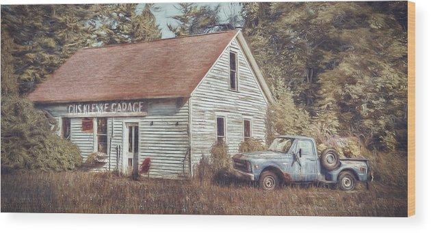 Gus Klenke Garage Wood Print featuring the photograph Gus Klenke Garage by Scott Norris