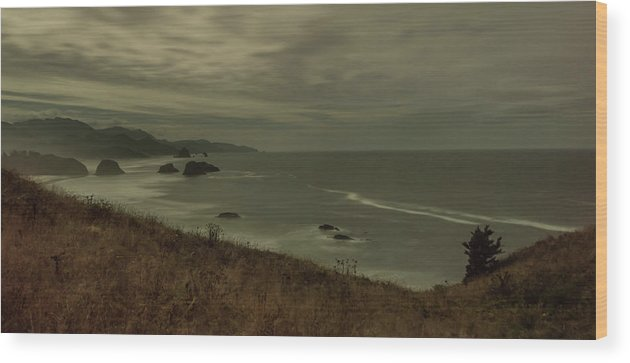 Wood Print featuring the photograph Cannon Beach 5 by Marcel Van der Stroom