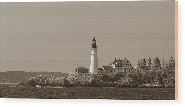 Jack Stock Wood Print featuring the photograph Portland Head Light by Jack Foley