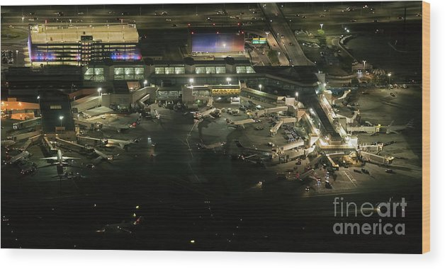 Lga Wood Print featuring the photograph Laguardia Airport Aerial View by David Oppenheimer