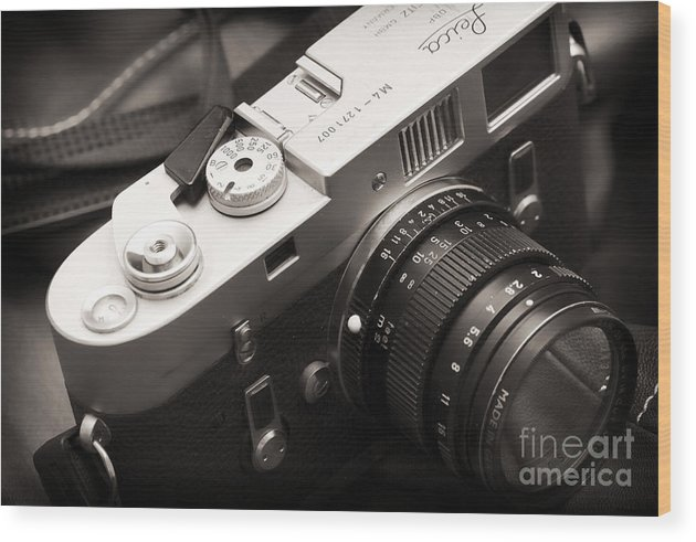 Simplicity At Its Finest Wood Print featuring the photograph Simplicity At Its Finest by John Rizzuto