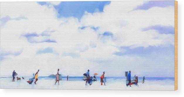 Landscape Beach Florida Wood Print featuring the digital art The Beachgoers by Scott Waters