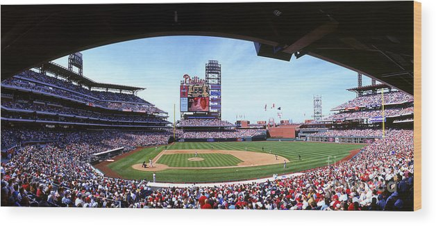 Citizens Bank Park Wood Print featuring the photograph Montreal Expos V Philadelphia Phillies by Jerry Driendl
