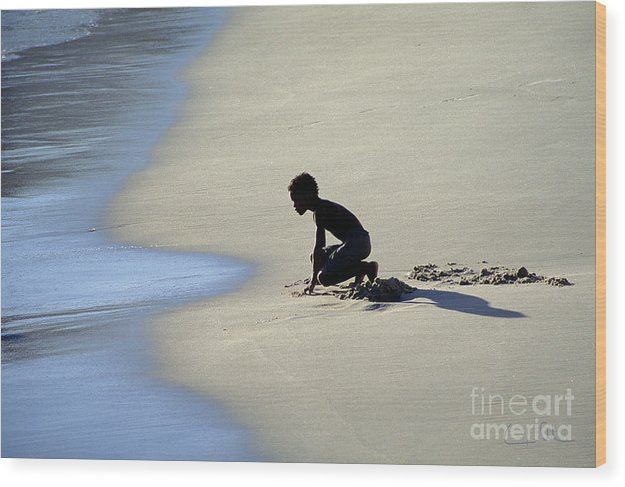 Boy Wood Print featuring the photograph Waiting For The Next Wave by Carlos Alvim