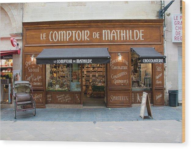 Bordeaux Wood Print featuring the photograph Le Comptoir De Mathilde by Kevin Bain