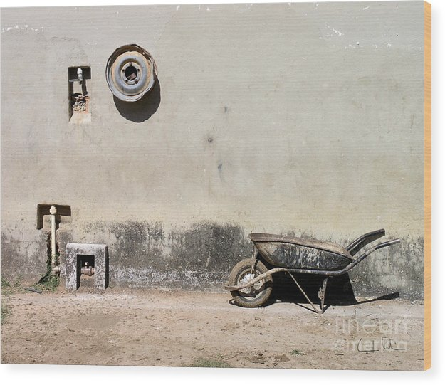 Wheel Wood Print featuring the photograph Wheels by Carlos Alvim