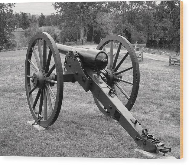 Civil War Cannon Wood Print featuring the photograph Silent Echo Of War by Wallace Marshall