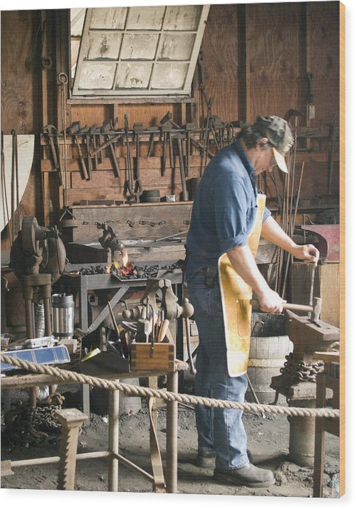 Decor Wood Print featuring the photograph The Blacksmith by Ron Kizer