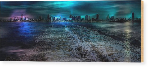 Long Beach Wood Print featuring the photograph Leaving Long Beach by Wayne Wood