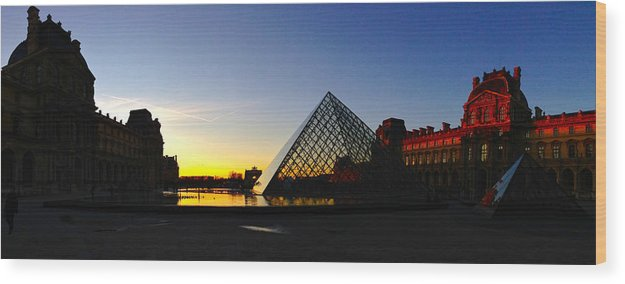 Paris Wood Print featuring the photograph Louvre's Last Light by Lexi Heft