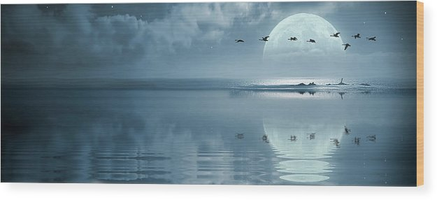 Beautiful Wood Print featuring the photograph Fullmoon Over The Ocean by Jaroslaw Grudzinski