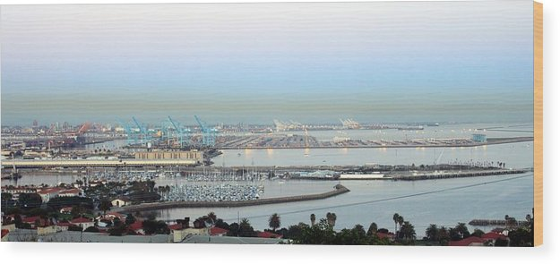 Port Wood Print featuring the photograph Port Of Los Angeles 0570 by Edward Ruth