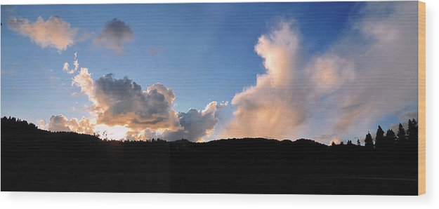 Felton Wood Print featuring the painting Felton Sunset by Larry Darnell