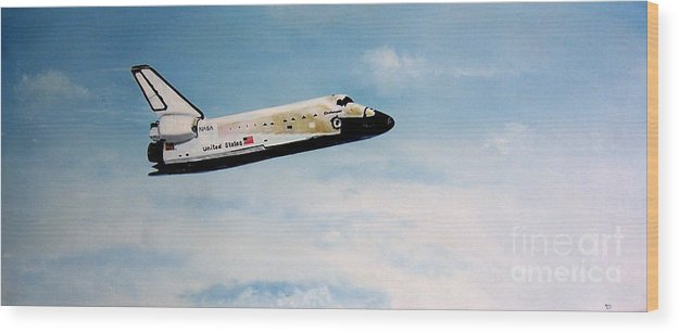 Shuttle Wood Print featuring the painting Challenger by Murphy Elliott