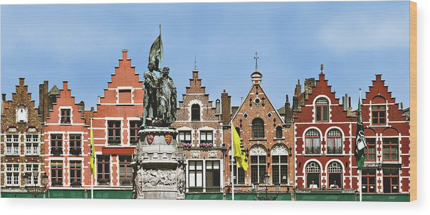 Bruge Wood Print featuring the photograph Bruge by Julie Geiss