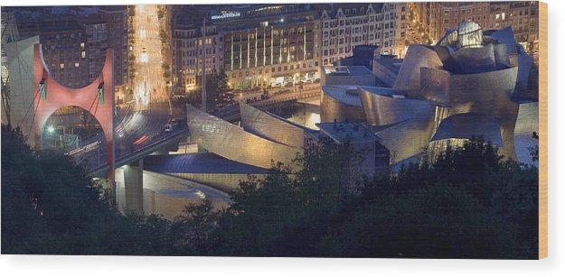 Spain Wood Print featuring the photograph Guggenheim At Night by Rafa Rivas