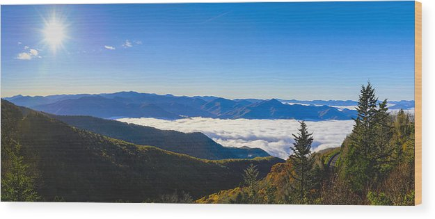 Waterrock Knob Wood Print featuring the photograph Clouds Below Watterock Knob At Sunrise by Steve Samples