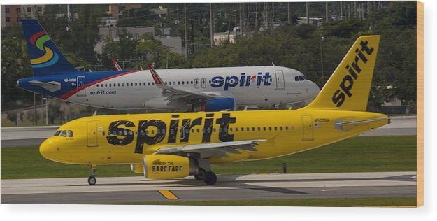 Airline Wood Print featuring the photograph Spirit Spirit by Dart and Suze Humeston